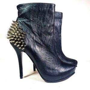 NEW Black Spike Heels Size 9
